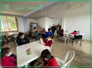La Caja de la Vivienda Popular construye obras de mejoramiento de barrios con participación ciudadana de vecinos del barrio San Pedro en la localidad Usme