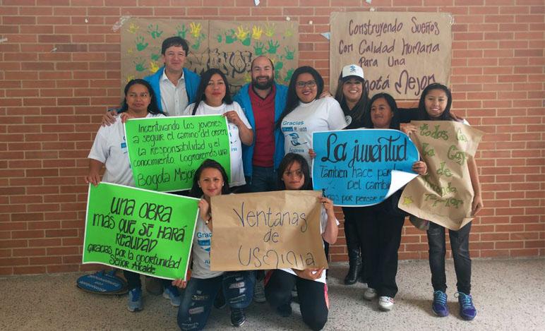 programa de capacitación 'Manos Productivas por Bogotá'