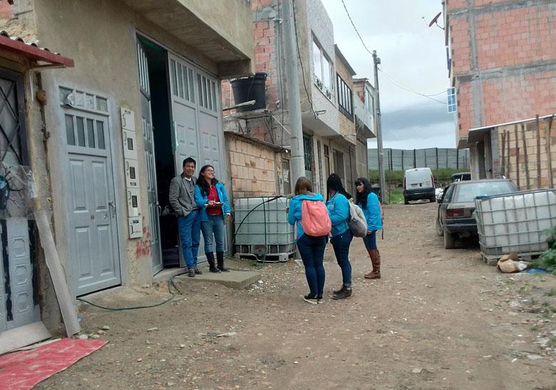 La CVP sigue acompañando a familias del sector Vereditas