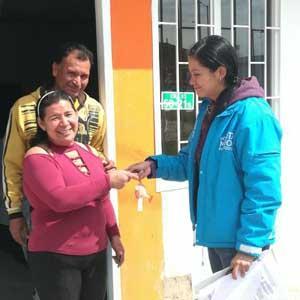 Familias reubicadas recibieron sus casas en Bosa